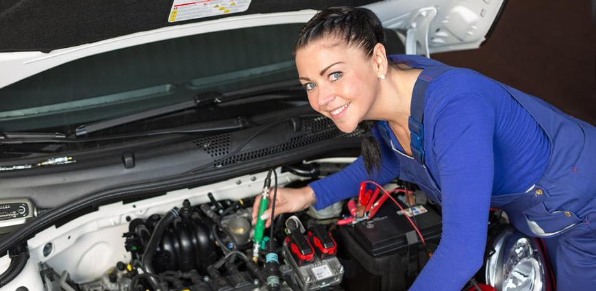 Women Friendly Auto Repair in St Charles IL